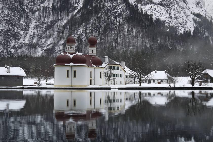 德國-阿爾卑斯山-國王湖聖巴多羅買教堂