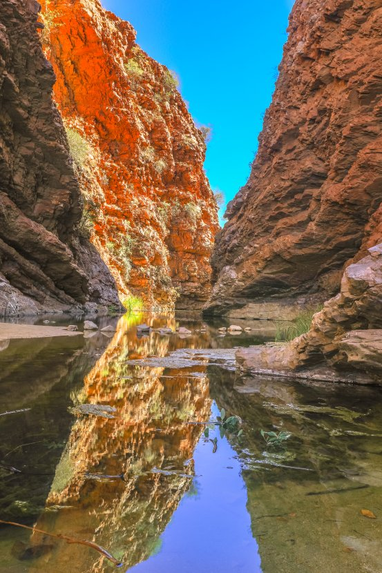 australia-West-MacDonnell-Ranges-Simpsons-Gap
