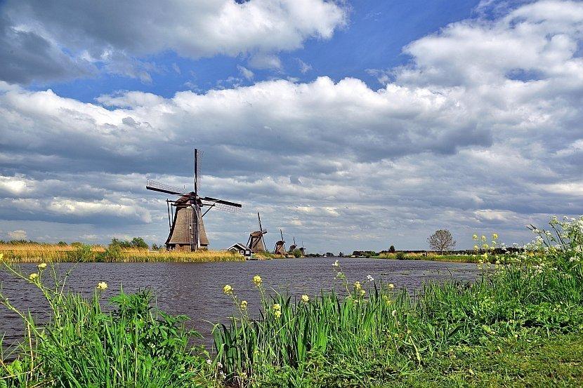 荷蘭-鹿特丹-小孩堤防