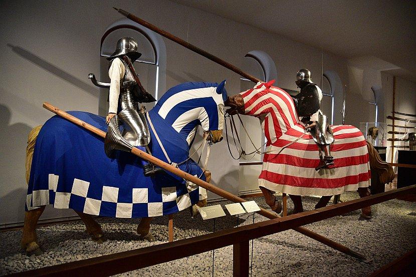 奧地利-因斯布魯克-安布拉斯城下城堡兵器館