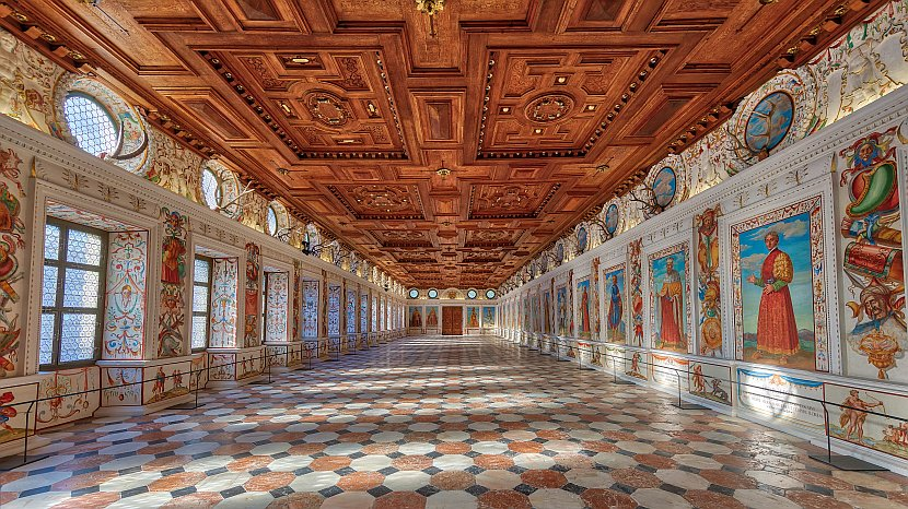 奧地利-因斯布魯克-安布拉斯城上城堡Spanish Hall