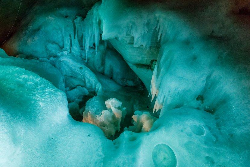 奧地利-上特勞恩-五指山觀景台Giant Ice Cave