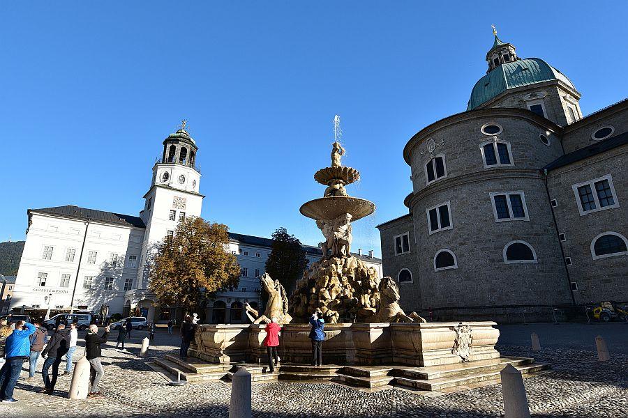 奧地利-薩爾斯堡-Residenzplatz