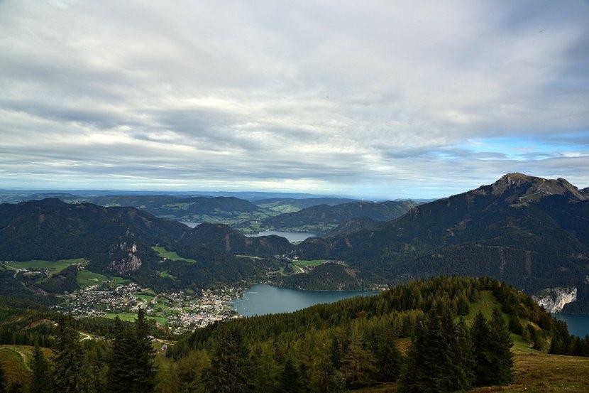 奧地利-聖吉爾根-沃夫岡湖湖畔