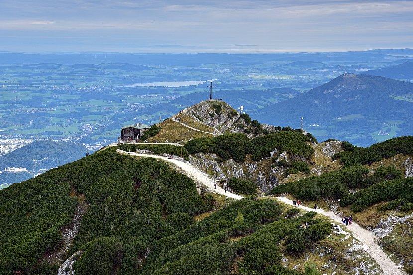 奧地利-薩爾斯堡-溫特山頂峰遠眺纜車站