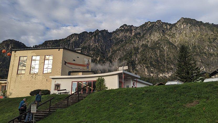 奧地利-薩爾斯堡-溫特山的纜車站