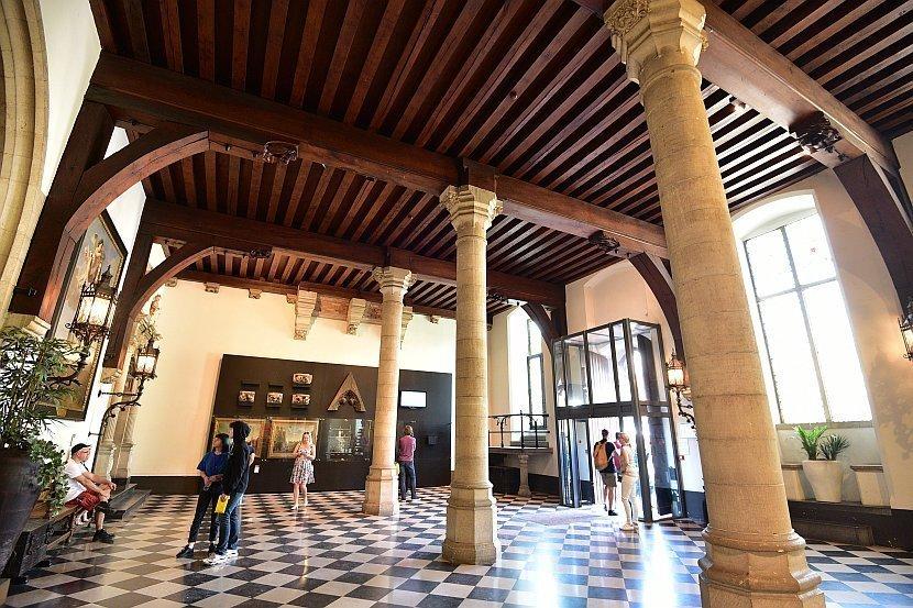 比利時-布魯日-市政廳