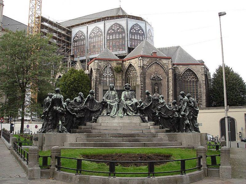 比利時-根特-聖巴佛大教堂紀念范.艾克兄弟的雕像