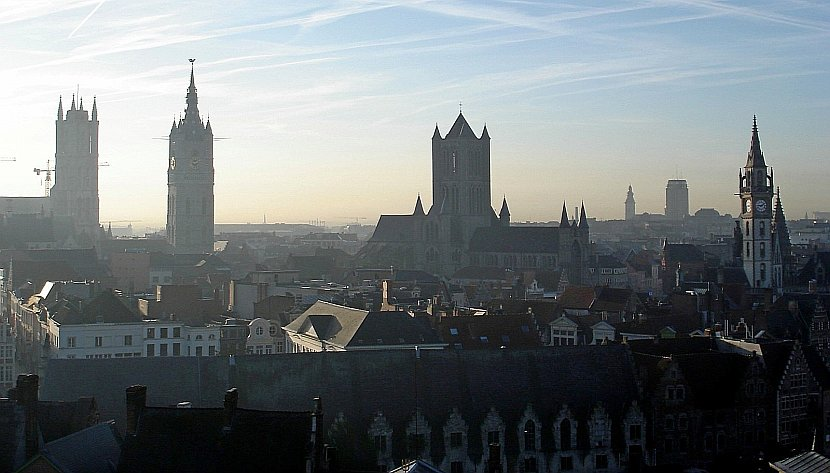 比利時-根特-伯爵城堡上欣賞聖巴佛大教堂、鐘樓、聖尼可拉斯教堂