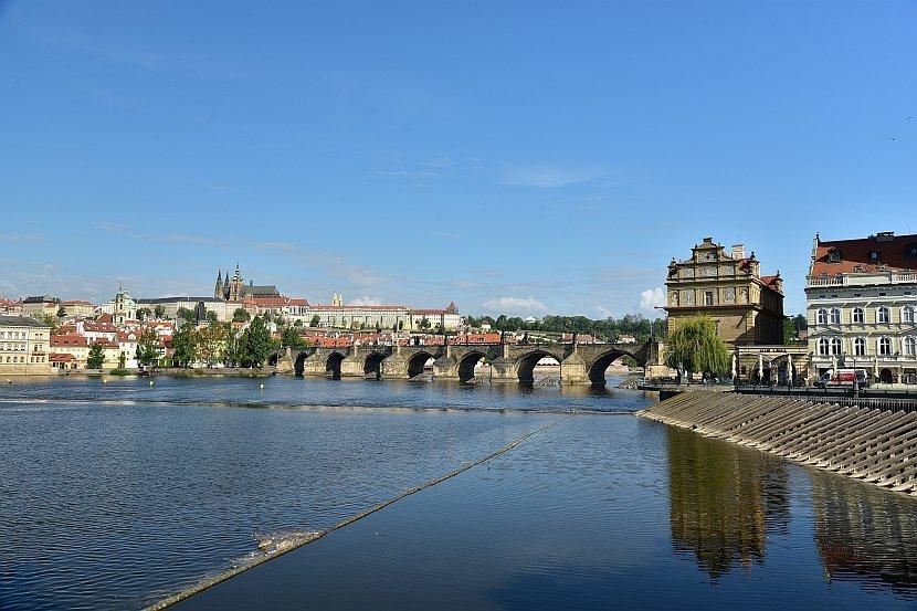 捷克-布拉格-查理大橋與布拉格城堡