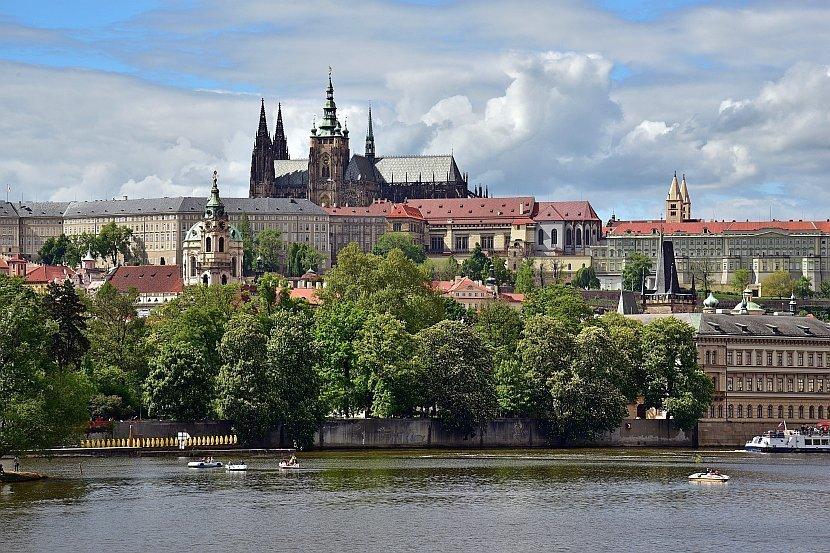 捷克-布拉格-布拉格城堡區內的聖維特大教堂
