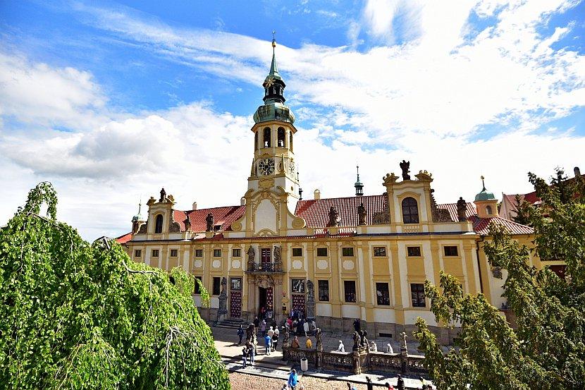 捷克-布拉格-布拉格城堡區-羅瑞塔教堂