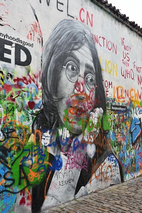 捷克-布拉格-小城區-藍儂牆