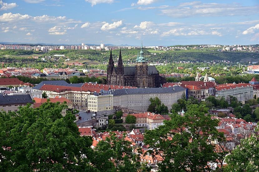 捷克-布拉格-小城區-佩特任山瞭望塔看布拉格城堡