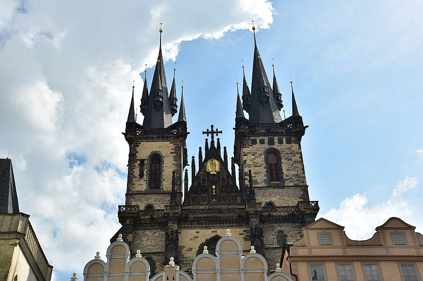 捷克-布拉格-舊城廣場-泰恩教堂