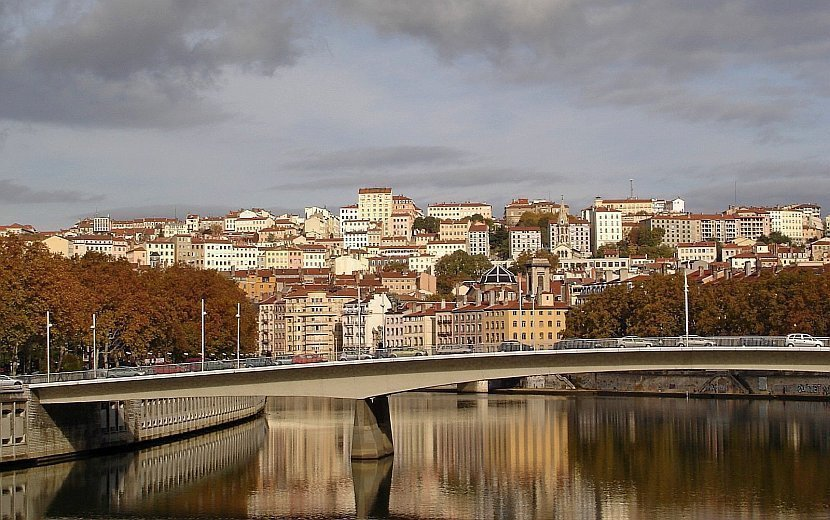 法國-里昂-索恩河畔