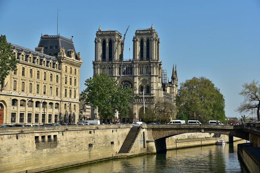 法國-巴黎-聖母院