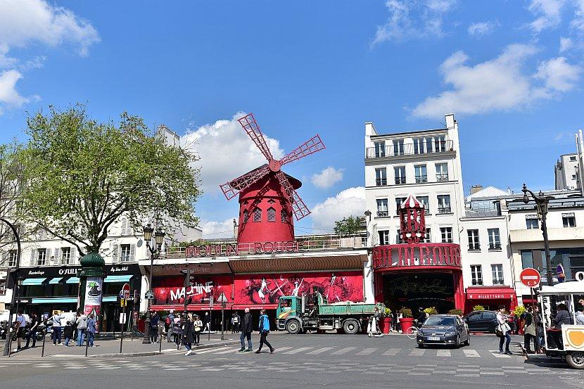 法國-巴黎-蒙馬特-紅磨坊