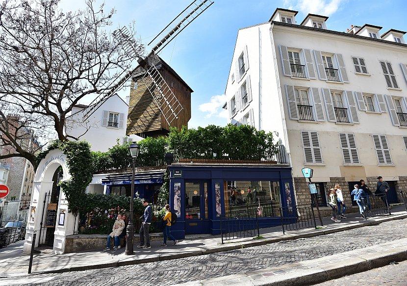 法國-巴黎-蒙馬特-煎餅磨坊