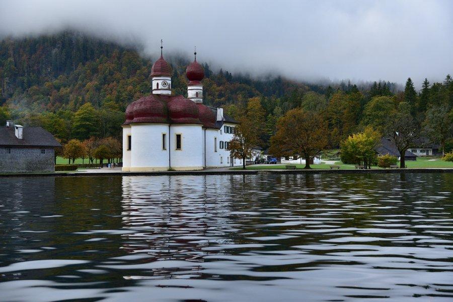 德國-阿爾卑斯山-國王湖-聖巴多羅買教堂St. Bartholomä