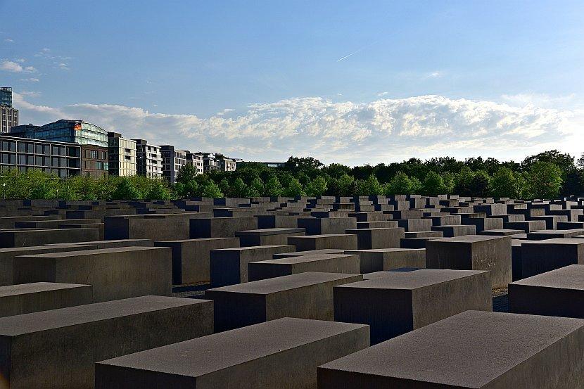 德國-柏林-歐洲被害猶太人紀念碑園區(Denkmal für die ermordeten Juden Europas)