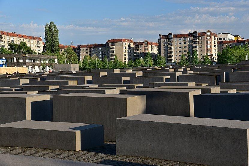 德國-柏林-歐洲被害猶太人紀念碑園區