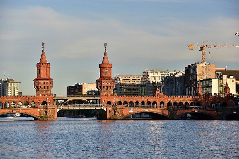 德國-柏林-東邊畫廊-奧伯鮑姆橋