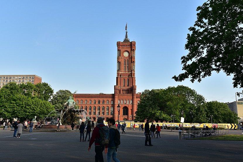 德國-柏林-紅色市政廳