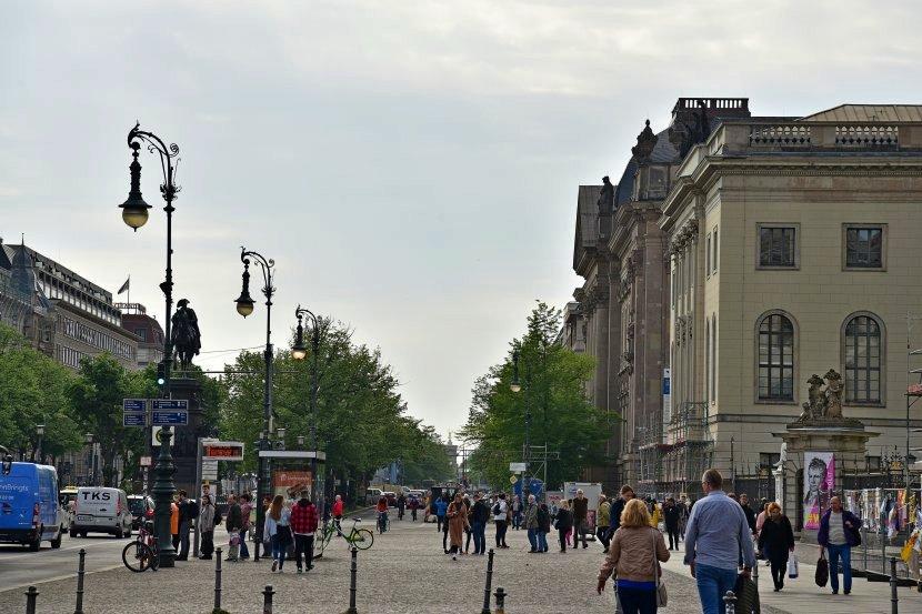 德國-柏林-菩提樹下大道(Unter den Linden)