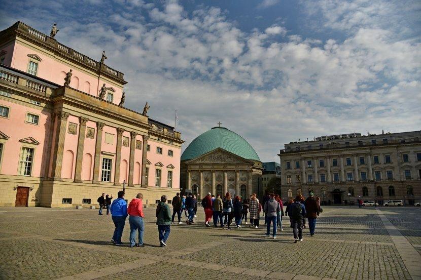 德國-柏林-倍倍爾廣場