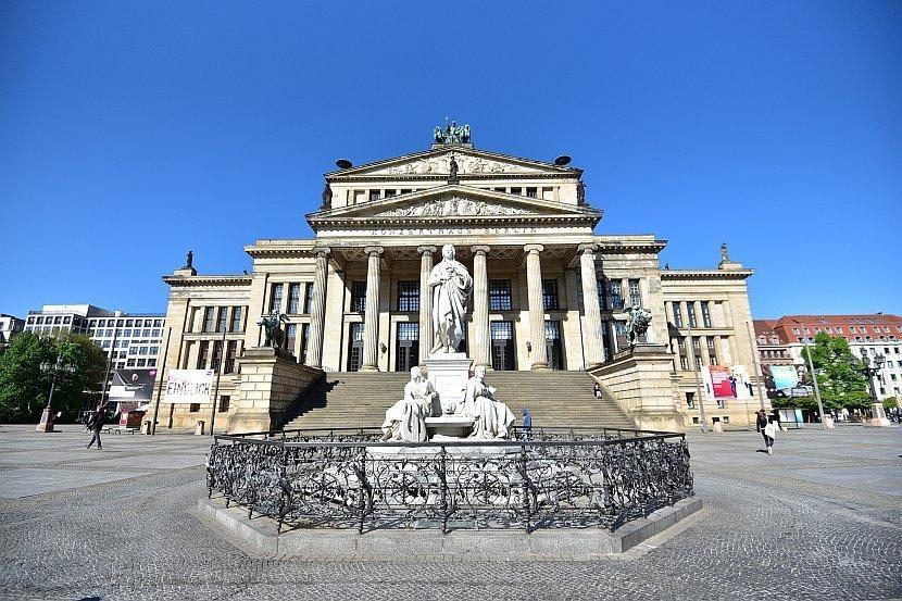 德國-柏林-御林廣場-柏林音樂廳