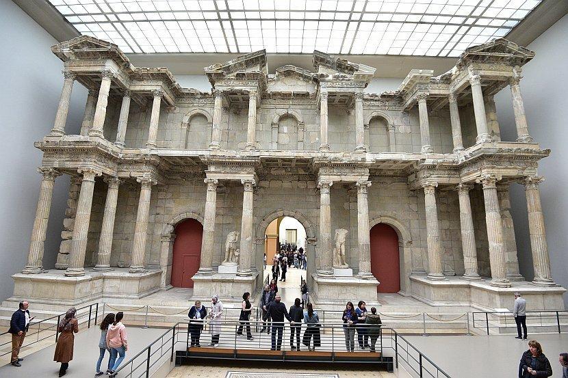 德國-柏林-佩加蒙博物館的米利都市場大門