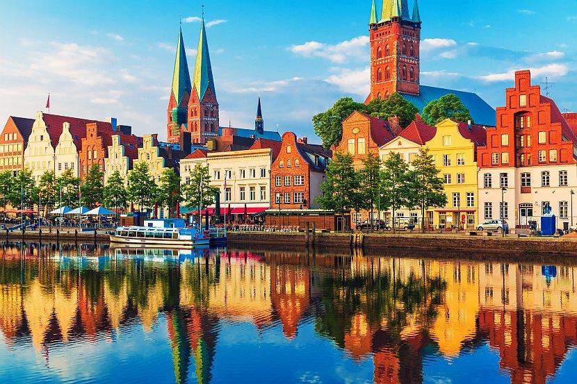 德國-呂貝克-特拉維河河畔舊城區
