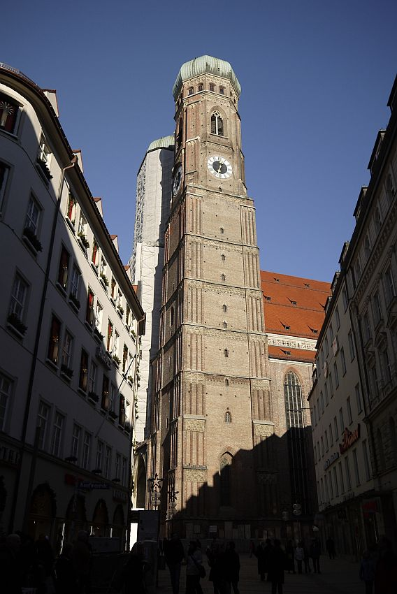 germany-munich-city-center-21-4910