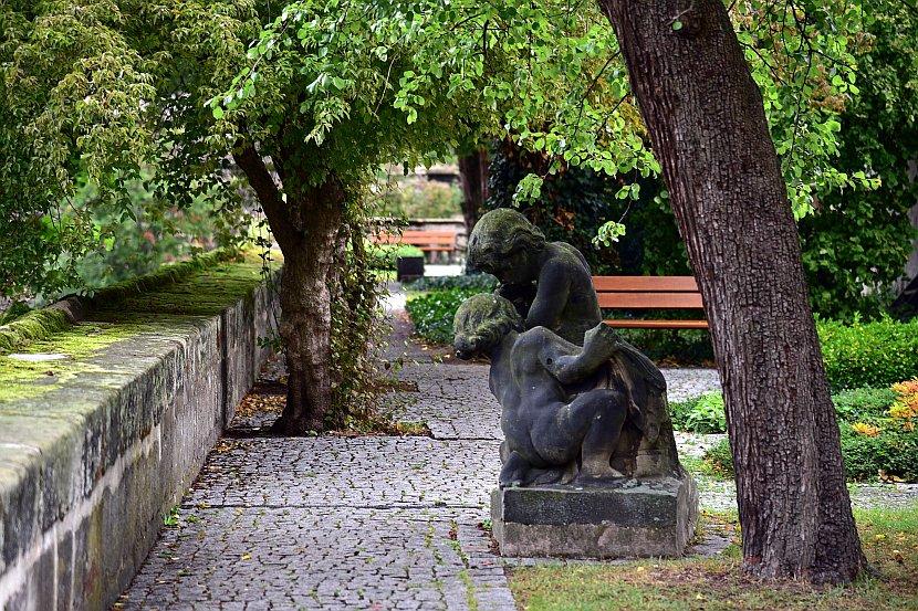 德國-紐倫堡-城堡花園