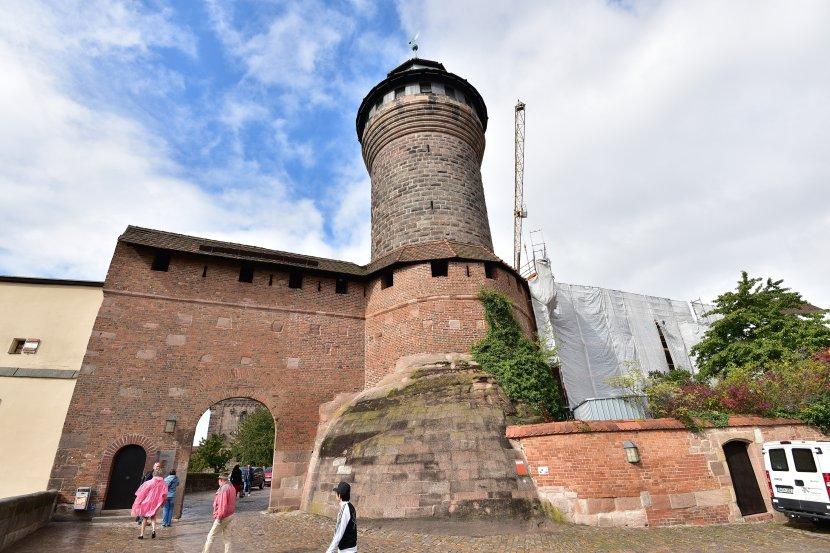 德國-紐倫堡-紐倫堡城堡-Sinwell塔