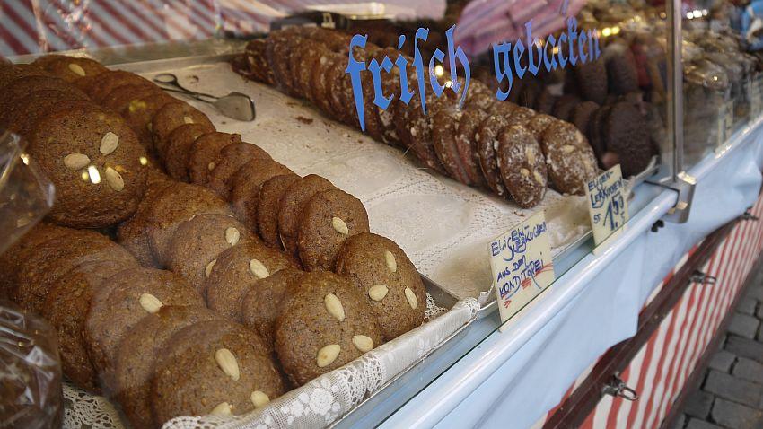 紐倫堡聖誕市集Christkindlesmarkt夜景-紐倫堡薑餅Nürnberger Lebkuchen