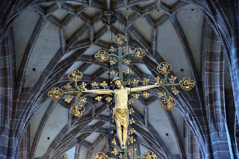 德國-紐倫堡-聖勞倫斯教堂Triumphal Arch with Cross