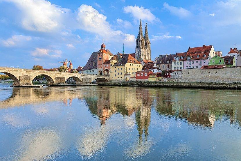 德國-雷根斯堡-石橋與雷根斯堡主教座堂