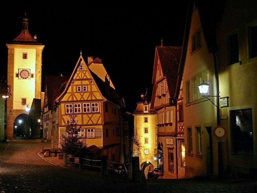 德國-羅騰堡-普連萊小廣場Plönlein
