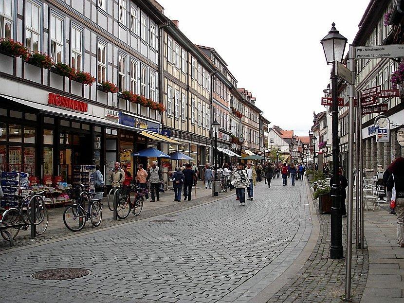 德國-韋爾尼格羅德-市集廣場