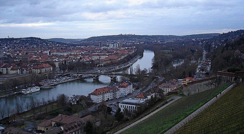 德國-符茲堡-瑪莉恩堡要塞看舊城區