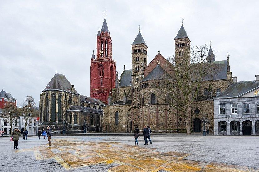 荷蘭-馬斯垂克-聖瑟法斯聖殿(Basiliek van Sint Servaas)