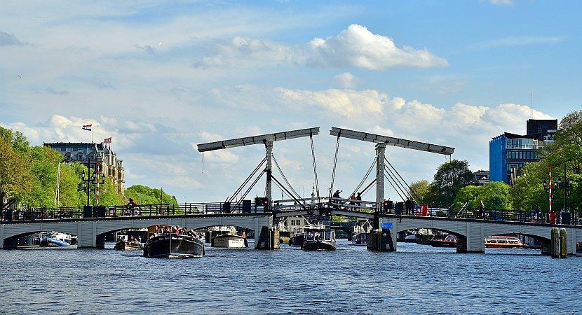 荷蘭-阿姆斯特丹-瘦橋