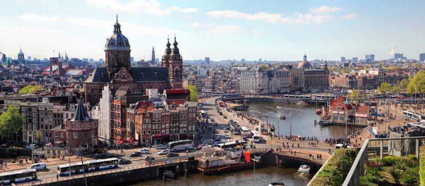 荷蘭-阿姆斯特丹-中央火車站周遭運河