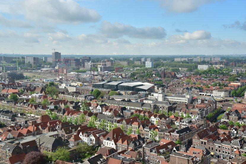 荷蘭-台夫特-市集廣場-新教堂的塔樓